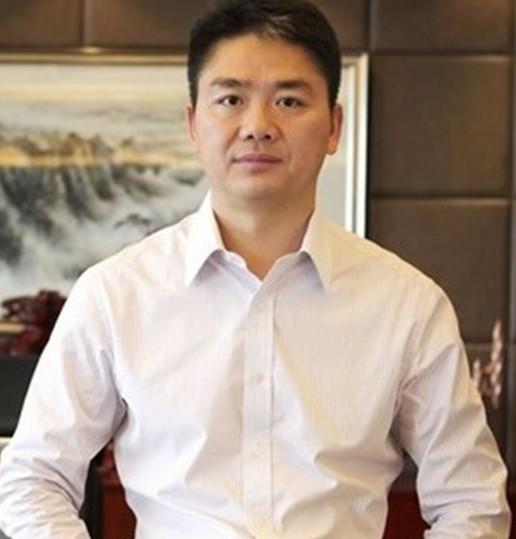 刘强东的营销盛筵:三段炒得沸沸扬扬的爱情