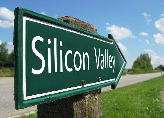 纽约向东,加州朝西:华尔街的高富帅,为何纷纷涌向硅谷?