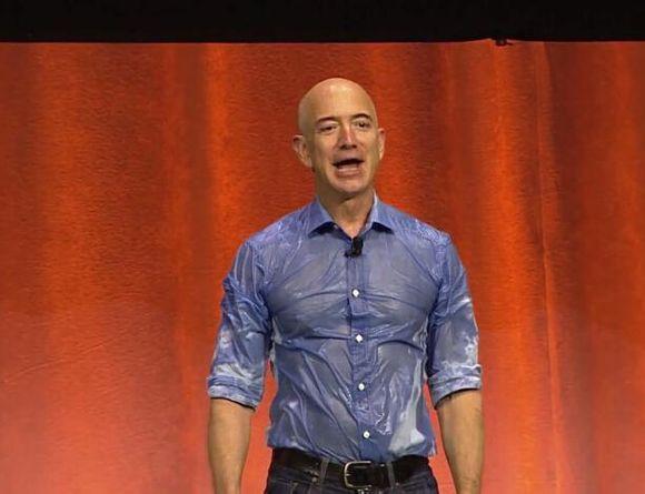 ,比尔·盖茨,杰夫·贝佐斯,马克·扎克伯格,Apple,Microsoft,Amazon,Facebook,冰桶挑战:一只冰桶在中国的奇幻漂流记