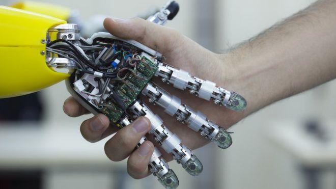 在未来,人类与科技,谁主沉浮?