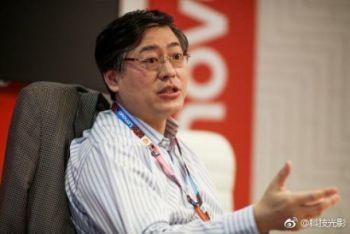 今日热点:联想董事长diss折叠屏手机 AI换脸杨幂视频制作者回应