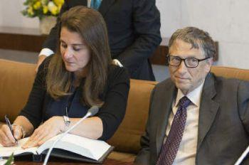美国将放弃新冠疫苗知识产权专利!盖茨将18亿美元股票转给梅琳达