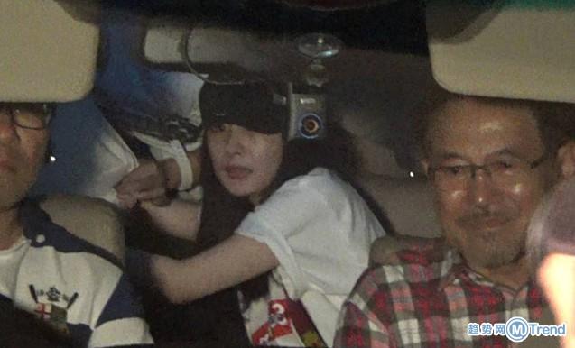 今日热点:杨幂公公同车出行 把女儿借出去当贼