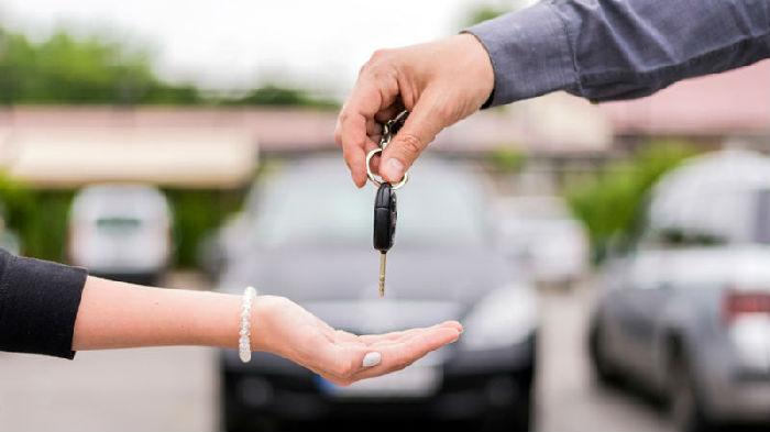 ,伊利诺伊州州长否决了旨在削弱租车竞争的法案