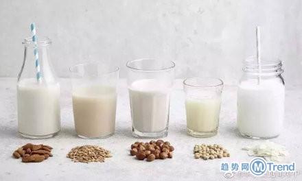 今日热点:女子做SPA被直播 人造奶也登场了