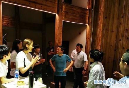 今日热点:马云宴请中国女足 大学生跳下10楼