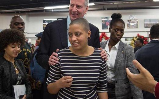特朗普曾躲进地堡一小时 纽约市长女儿参加抗议活动被捕