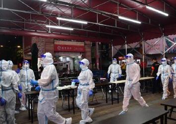 广州荔湾疫情:8天病毒传了4代