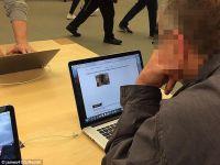 男子苹果零售店看A片 王石捧场售价万元的8848钛金手机M3