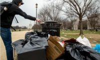 特朗普任性关闭美国政府后果严重,社会停滞垃圾粪便成灾
