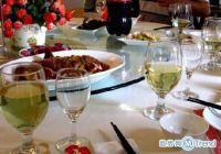 今日热点:工业酒精兑婚宴酒 自如现针孔摄像头